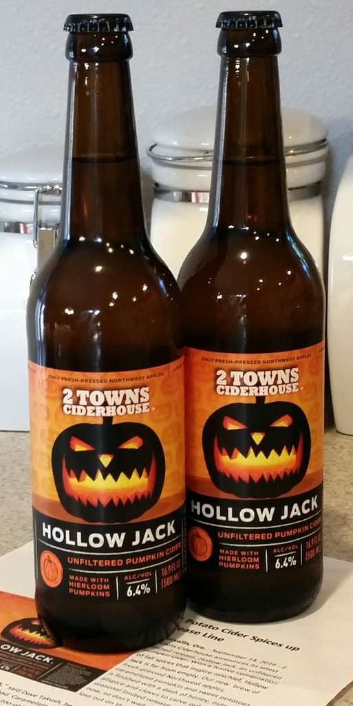Received: 2 Towns Hollow Jack