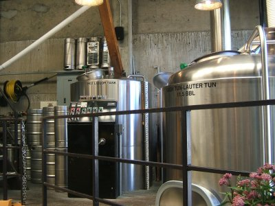 Brewery operations at Standing Stone Brewing