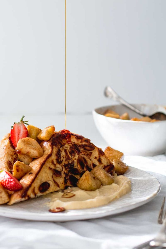 Cinnamon apple & almond-crusted french toast with creme patisserie