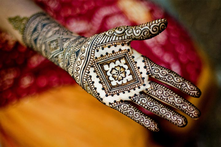 Mehendi Ceremony S List : Engagement mehndi designs new to blow your mind