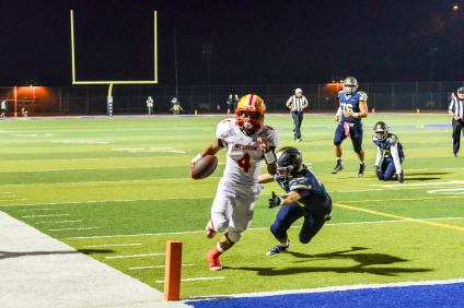 Mission Viejo's Isaiah Miller runs in one of his three touchdowns on the night against San Juan Hills on Oct. 23. Photo: Scott Schmitt