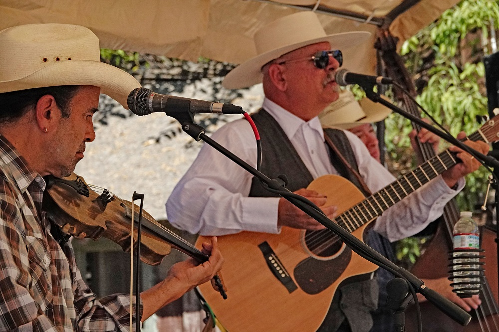 The Electric Tumbleweeds perform for the San Juan Capistrano Fiesta Association's 'Farewell to the Swallows' BBQ on Sunday, Oct. 20, at Zoomars. Photo: Fred Swegles