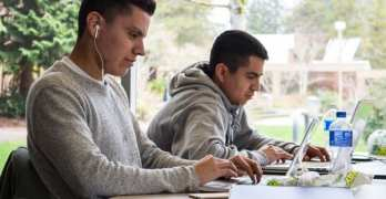 Students study swiftly
