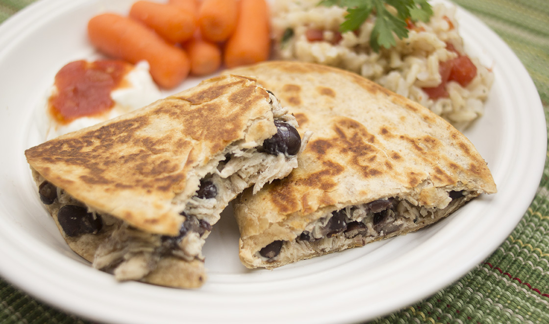 Trim Healthy Mama black bean chicken quesadillas