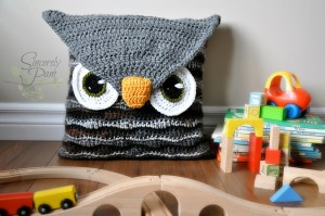 owl_pillow1_medium2