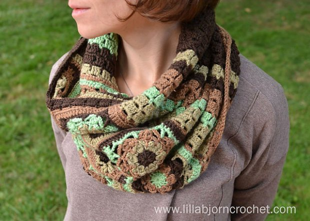 Autumn Winds Cowl by LillaBJorn Crochet