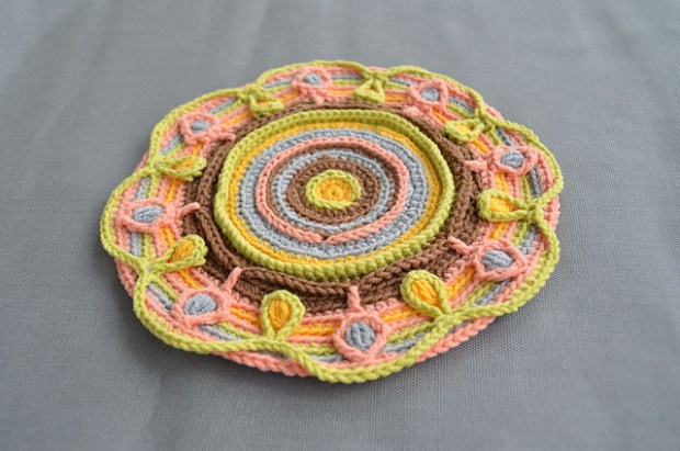 lillabjorncrochet's Teapot Coaster with Leaves