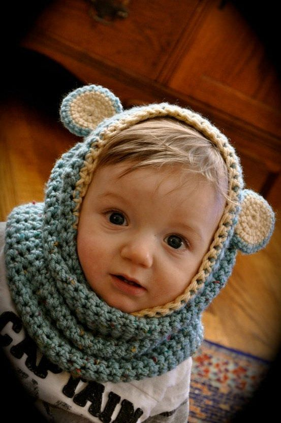 Little Bear Hooded Cowl by Krawka