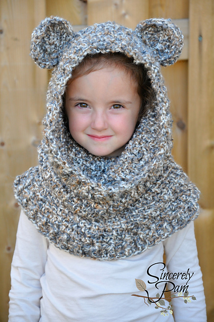 Un'bear'ably Cute Hooded Cowl by Sincerely Pam