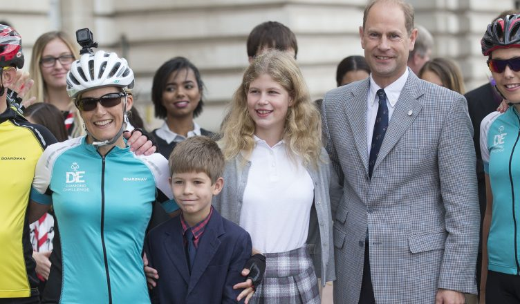 Sophie, Countess of Wessex arrives at Buckingham Palace after her Diamond Challenge Cycle ride from Holyrood House. She was  greeted by her husband the Earl of Wessex and her children Viscount Severn and Lady Louise. Picture by i-Images