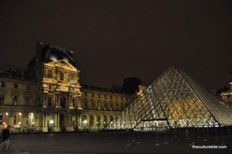 Paris Louve Pyramid Night