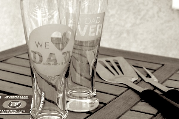 Father's Day DIY Etched Drinking Glasses Gift