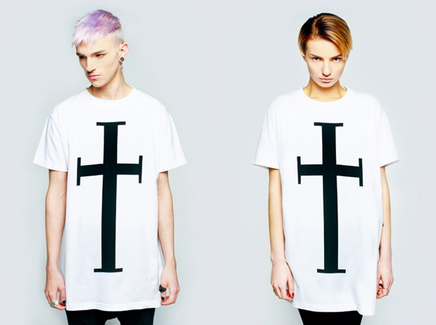 Long-Clothing-AW10-Tee-Cross-W
