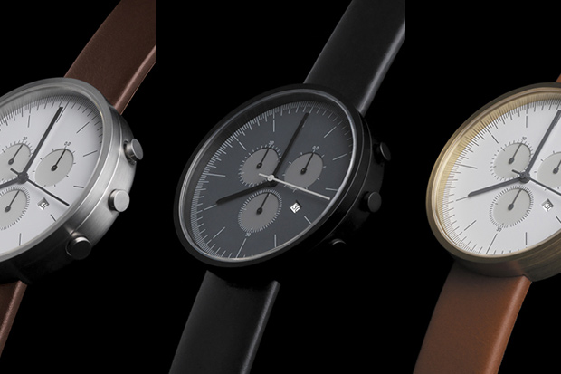 Uniform-Wares-300-Series-Chronograph-02