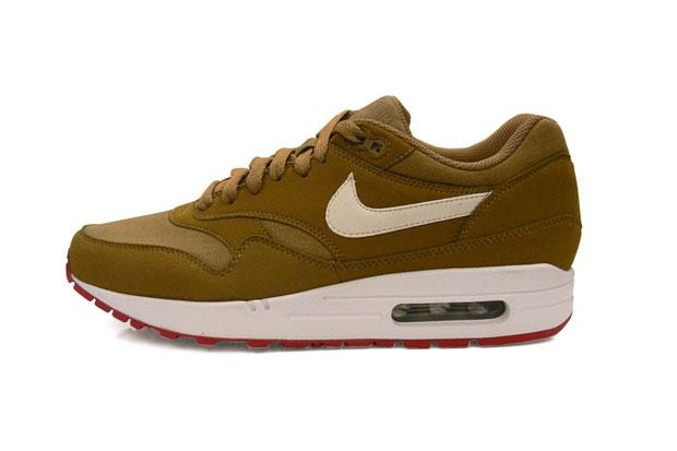 Nike-Air-Max-1-Brown-Kelp-White-03