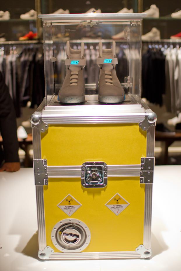 Nike-2011-MAG-London-Auction-24
