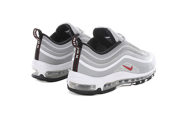 Air-Max-97-Hyperfuse-Premium-QS-Metallic-Silver-04