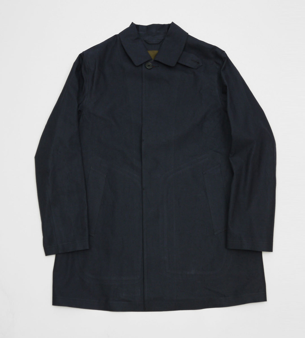 Mackintosh-Rubberised-Dunoon-Jacket-AW12-01