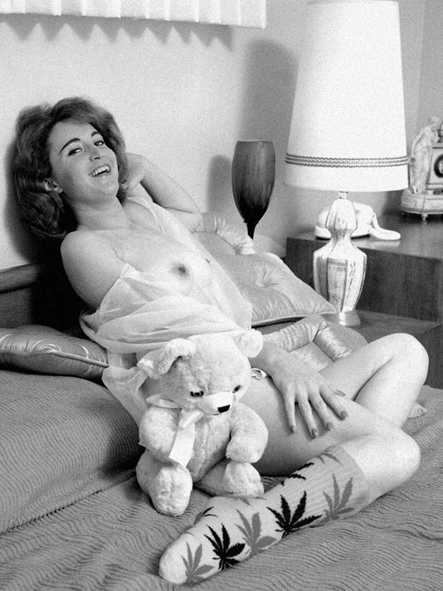 Chimp-Store-HUF-Plantlife-Vintage-Erotica-Lookbook-NSFW-1