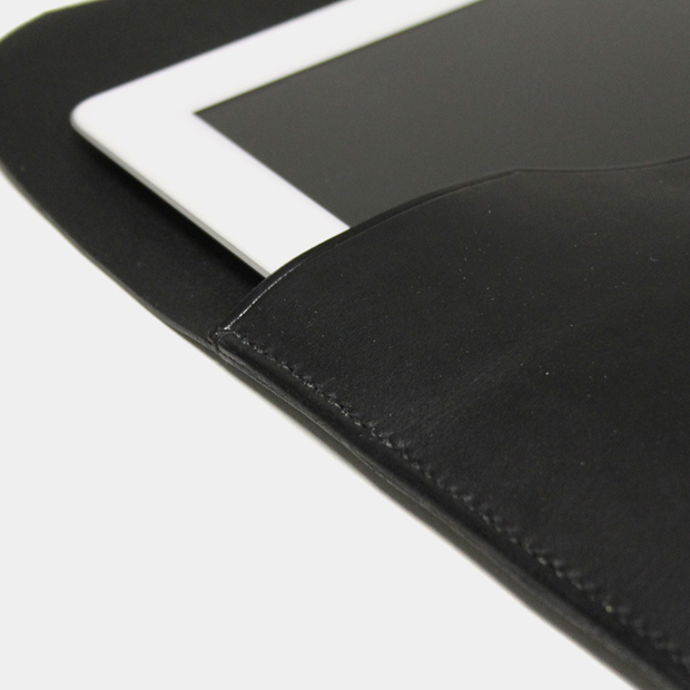 ipad_case_black4