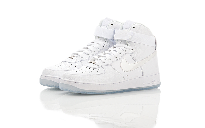 Nike-Air-Force-1-Hi-CMFT-03