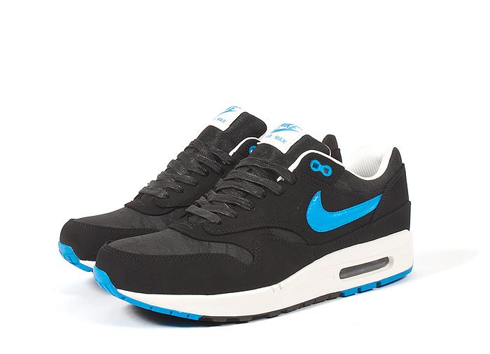 Nike-Air-Max-1-Premium-Patent-Swoosh-Pack-03