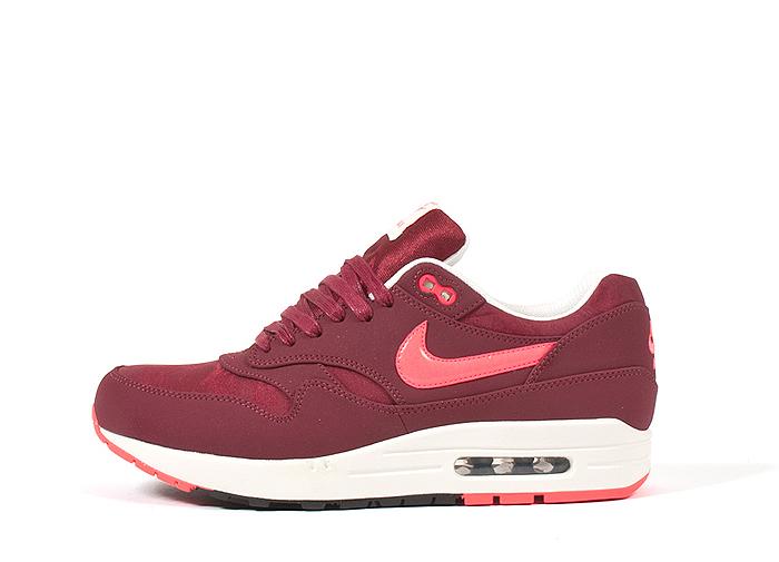 Nike-Air-Max-1-Premium-Patent-Swoosh-Pack-04