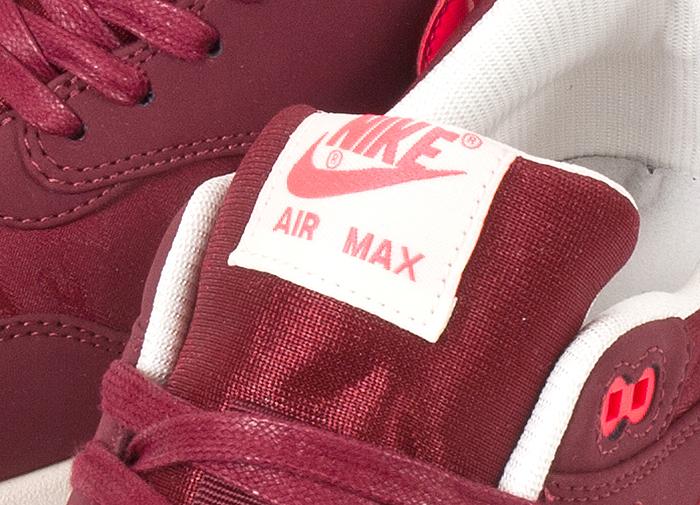Nike-Air-Max-1-Premium-Patent-Swoosh-Pack-07