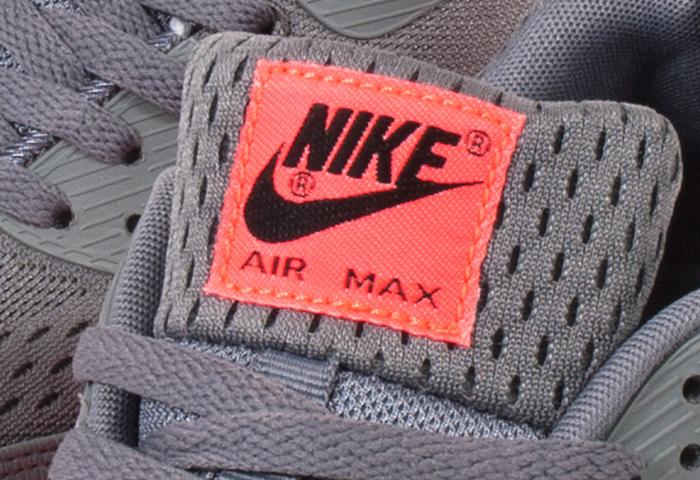 Nike-Air-Max-90-EM-Premium-Comfort-08