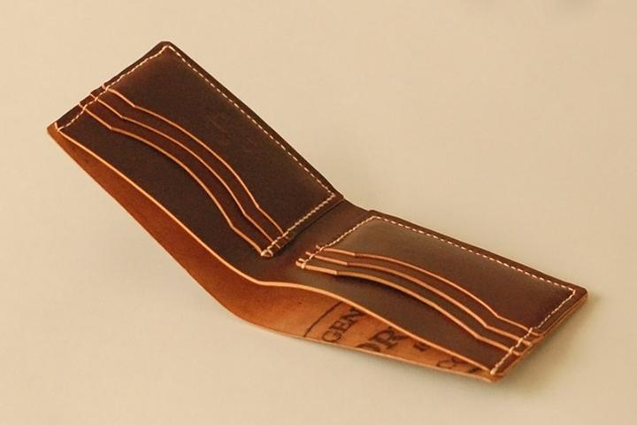 Ashdown Workshop Horween Collection Premium Bi-Fold Wallets 004