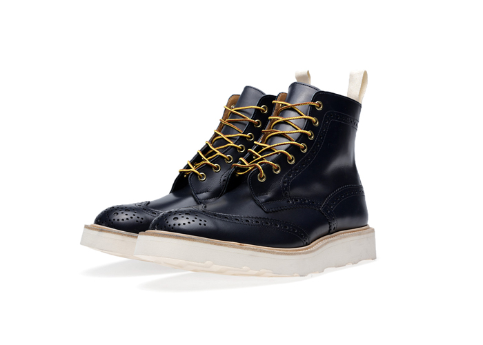 END-Trickers-Vibram-Sole-Stow-Boot– A-Guide-to-Construction-12