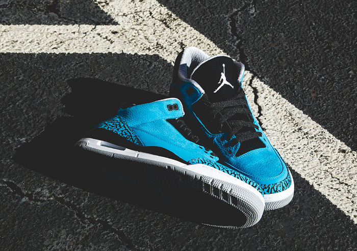 air-jordan-3-retro-powder-blue-01