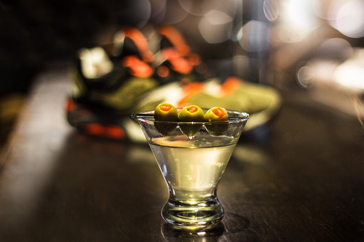 UBIQ-Saucony-Grid-9000-Dirty-Martini-7
