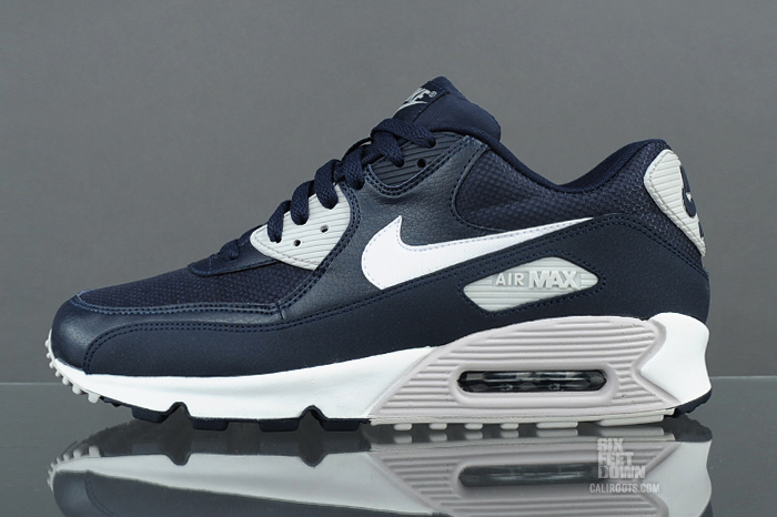 nike-air-max-90-essential-obsidian-white
