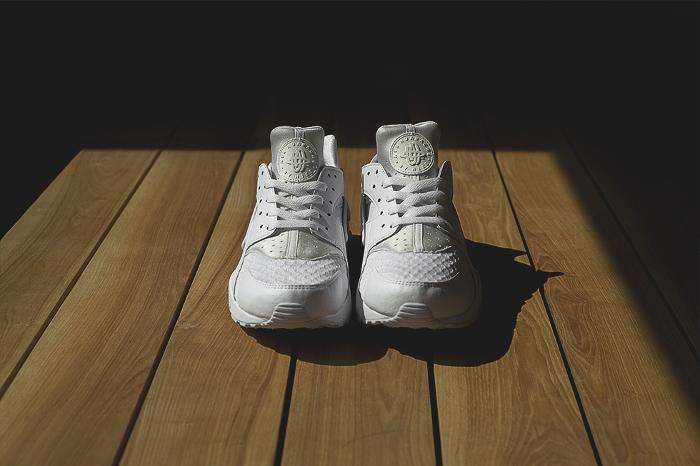 Nike-Air-Huarache-Platinum-White-2