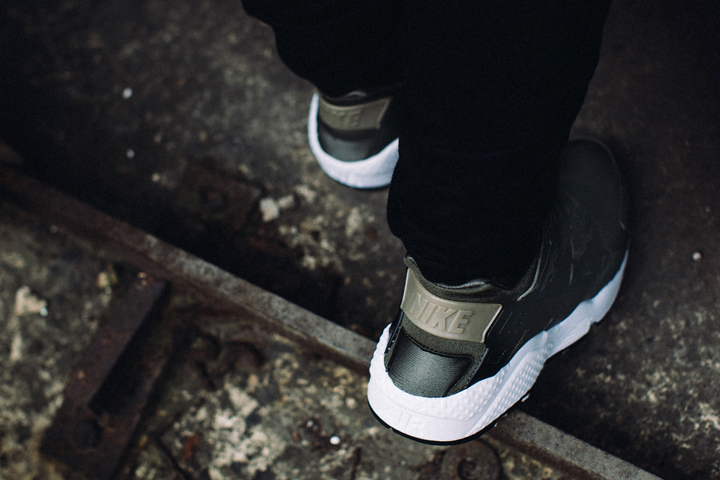 sbtg-for-hypebeast-nike-air-huarache-awol-camo-part-1-07