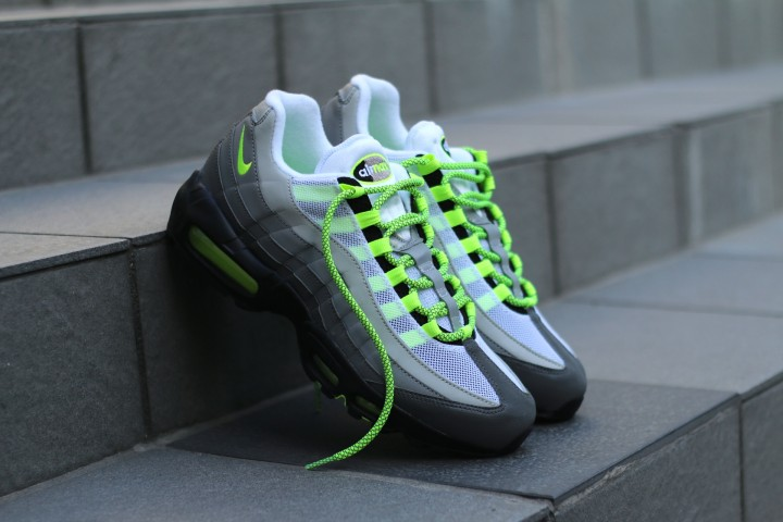 AM95 OG Neon Flash (Press Ready)