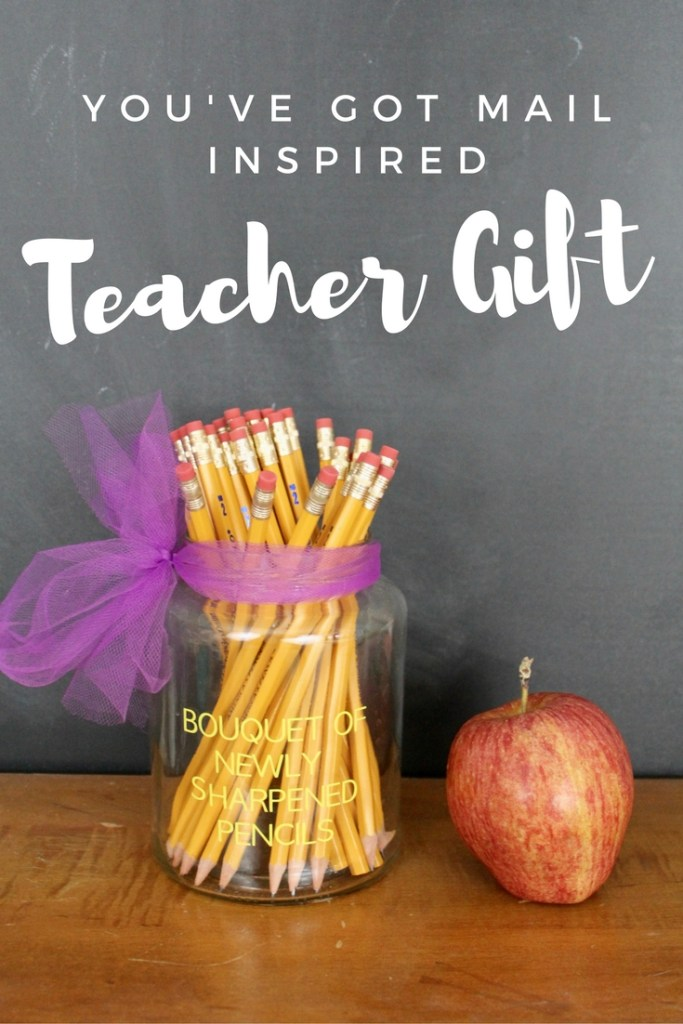 A movie-inspired Teacher Gift is the perfect way to start school, and the fall off right! This fall gift idea is easy to make and will bring a smile to her face!