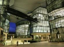 lasalle-singapore.jpg