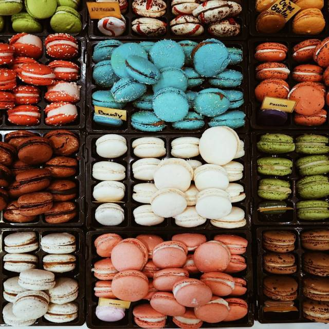 How on earth do you choose just one? macaroons montpellierhellip