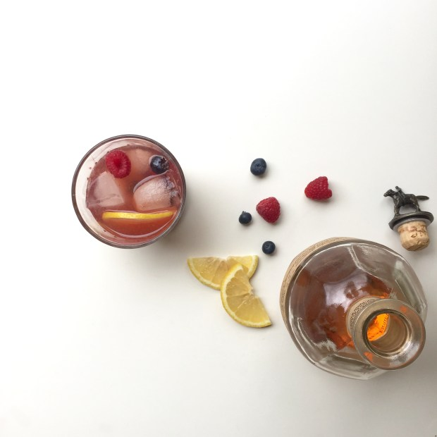 Berry Old Fashioned | ELL.