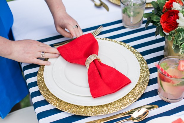 memorial day tablesetting