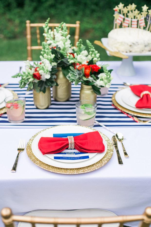 Kate Jolliffe, The Everyday Hostess, Glitter and Spice, Placesetting, tablescape, red white and blue memorial day tablescape