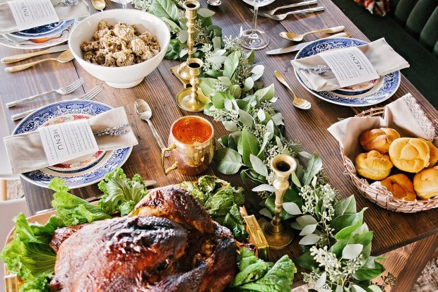 The Everyday Hostess Thanksgiving Table from the Iman Project 9