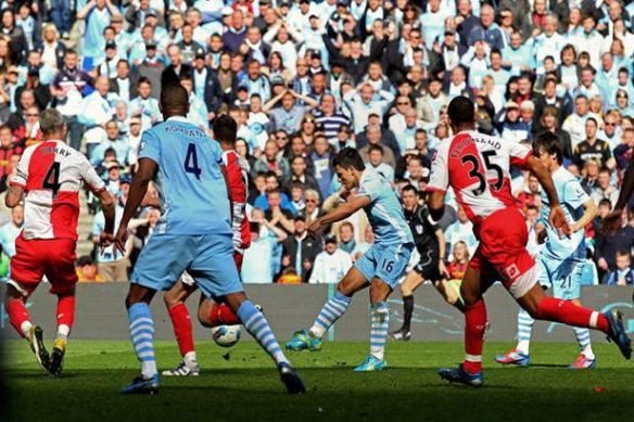 Ghost from United's past #3: Sergio Aguero fires the killer blow versus QPR