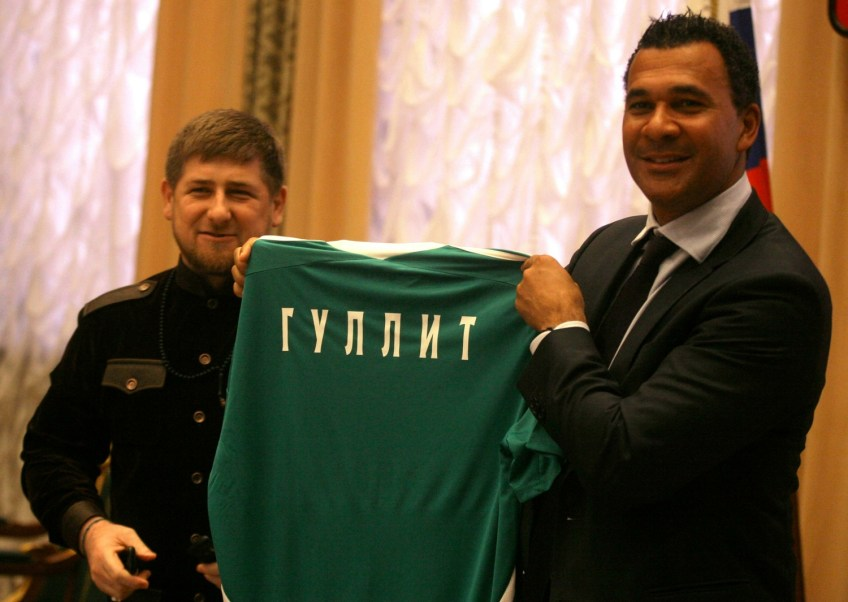 Lucrative deal: Ruud Gullit signs as manager for Caucasus club, Terek Grozny, seen flanked here by Chechen president, Ramzan Kadyrov