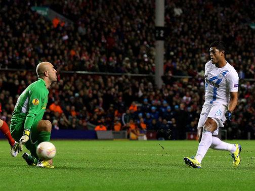 Liverpool-v-Zenit-St-Petersburg-Hulk-scores_2904153