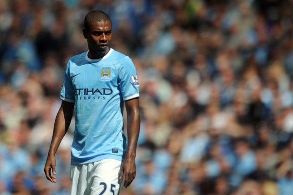 LIVE-Fernandinho-Manchester-City-v-Hull-City-Premier-League