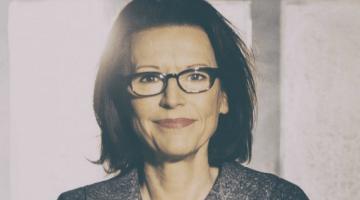 Eva Eisler portrait by Alzbeta Jungrova