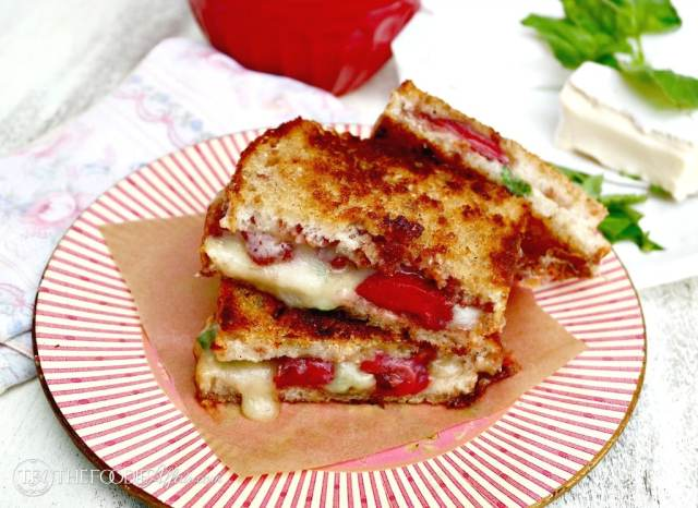 Strawberry Balsamic Brie Grilled Cheese Sandwich - The Foodie Affair